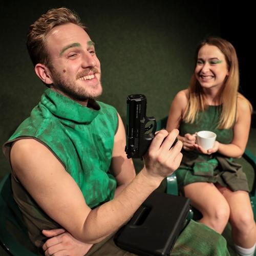 Divadlo Stoka: Vírus